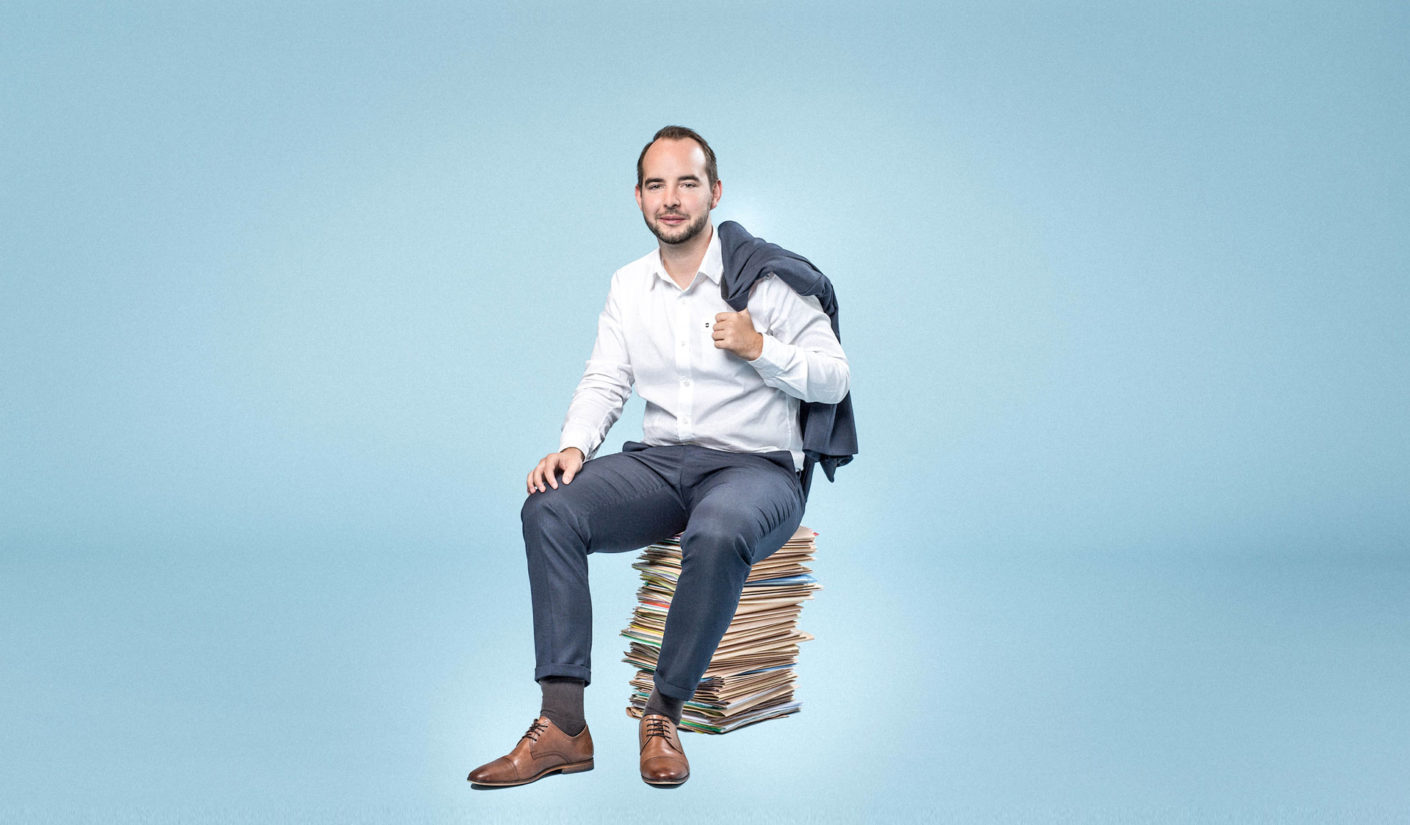 Gaëtan Claivaz, Administrative Manager